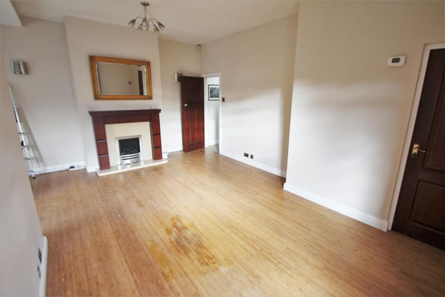 Thumbnail Flat to rent in Worsley Road, Eccles, Manchester