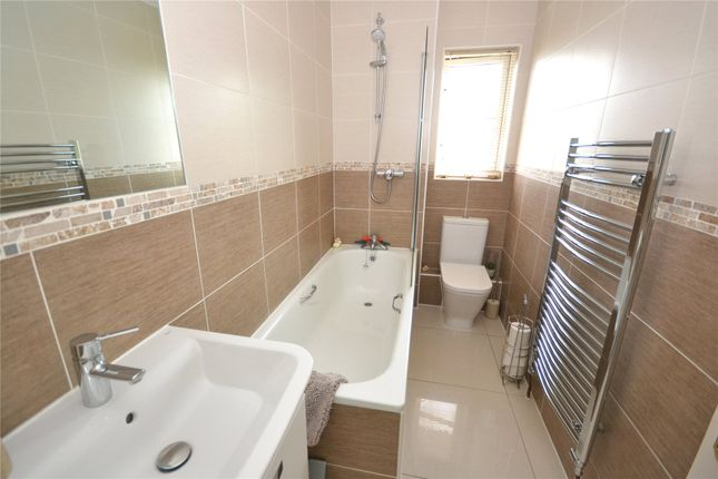 Bathroom of St. Peters Mount, Exeter EX4