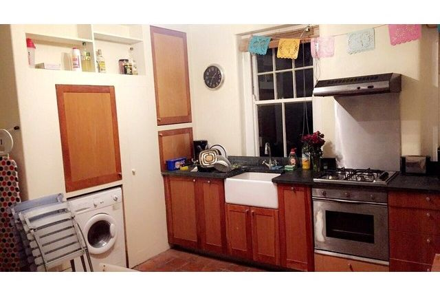 2 bed flat to rent in Liberty Street, Stockwell, London