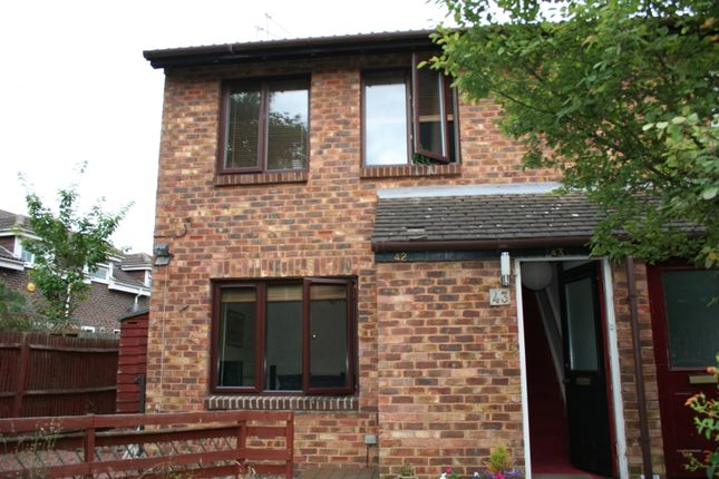 Thumbnail Maisonette to rent in Berrrydale Road, Hayes