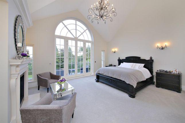 Master Bedroom of Newlands Avenue, Radlett WD7