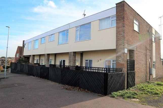 Thumbnail Maisonette to rent in Dale Court, Deepdale Road, Dovercourt, Essex