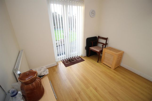 Bed 2 of Hickton Drive, Chilwell, Nottingham NG9