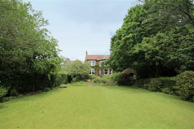 Thumbnail Detached house to rent in Westlecot Road, Old Town, Wiltshire