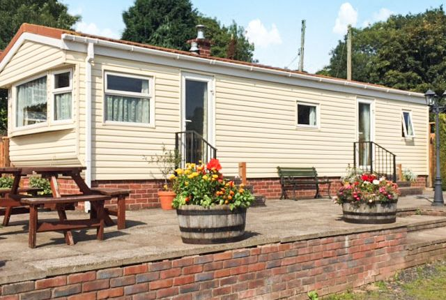 Thumbnail Mobile/park home for sale in Woodcock Caravan Park, Hampton Loade, Bridgnorth