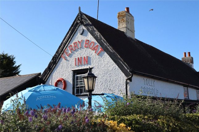 Picture No. 15 of Ferry Road, Felixstowe, Suffolk IP11