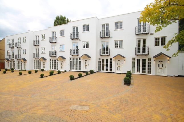 Thumbnail Town house for sale in Kingston Hill, Kingston Upon Thames