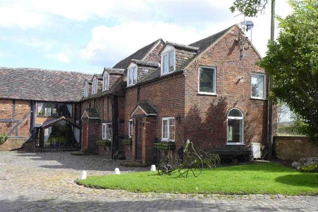 Thumbnail Cottage to rent in New Road, Featherstone, Wolverhampton