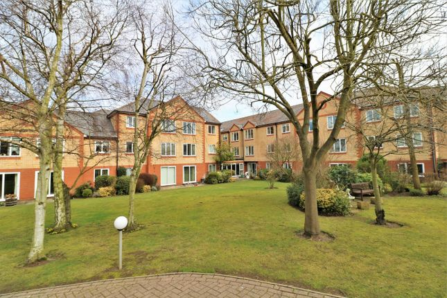 Thumbnail Flat for sale in Exeter Drive, Colchester, Essex
