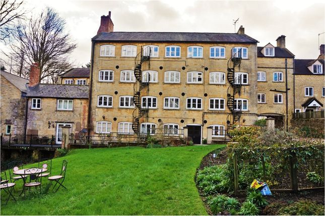 Thumbnail Flat for sale in Blockley Court, Moreton-In-Marsh