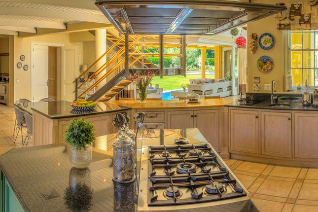 Large Open Plan Kitchen/Breakfast/Family Room