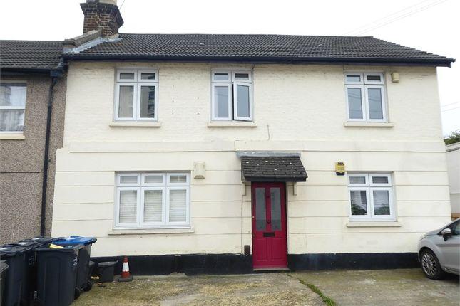 Thumbnail Flat to rent in Kings Road, London