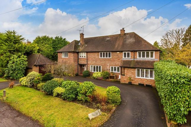 Thumbnail Detached house to rent in Mile Path, Hook Heath, Woking