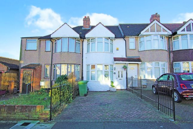 Thumbnail Detached house for sale in Lyndon Avenue, Sidcup, Kent