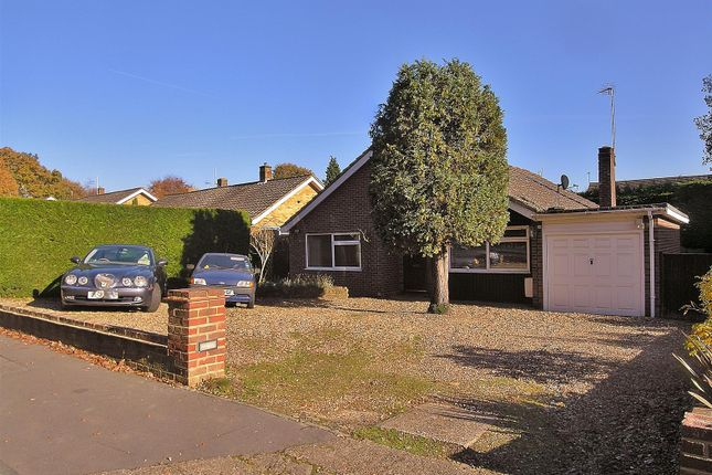 Thumbnail Detached bungalow for sale in Lower Guildford Road, Knaphill, Woking