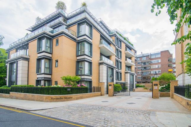 Thumbnail Flat to rent in Wycombe Square, Kensington