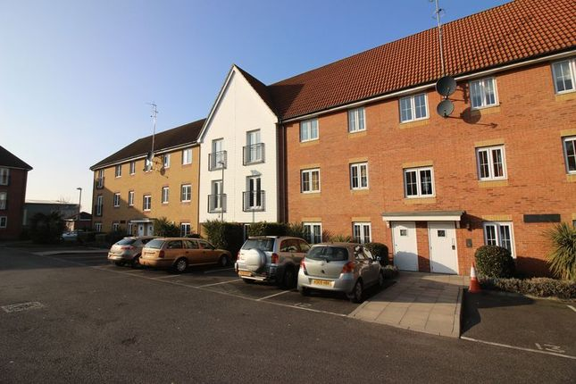 2 bed flat for sale in Bromley Close, Harlow