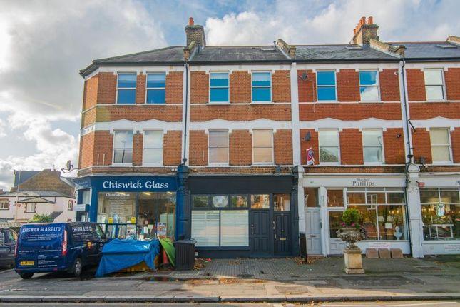 Thumbnail Flat to rent in Chiswick Lane, London