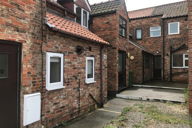Thumbnail Terraced house to rent in Flatgate, Howden, Goole