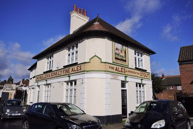 Thumbnail Flat to rent in Fountain Place, Waltham Abbey