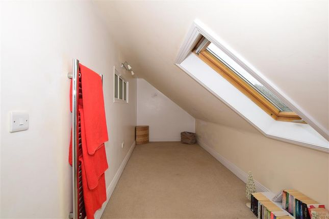 Bedroom 3 of Brighton Road, Lower Kingswood, Tadworth, Surrey KT20