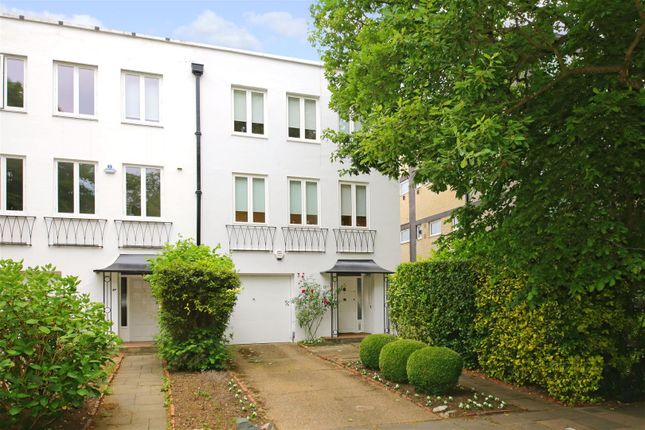 Thumbnail Town house for sale in North Grove, Highgate, London