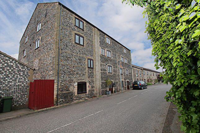 Thumbnail Town house for sale in Mill Corner, Soham