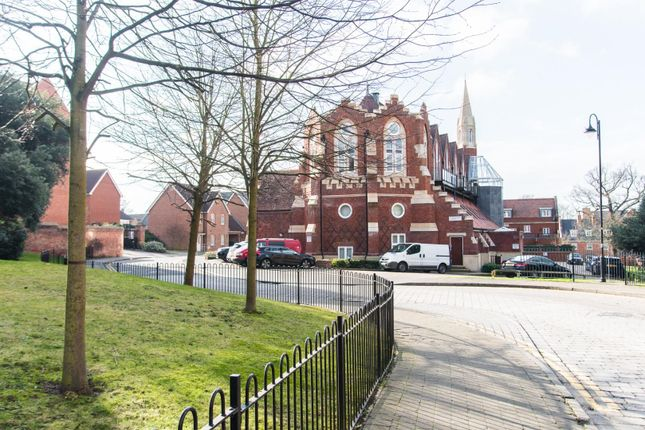 Thumbnail Flat for sale in Pastoral Way, Warley, Brentwood