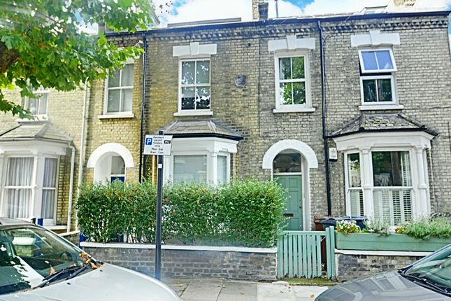 Thumbnail Terraced house to rent in Elliott Road, Chiswick
