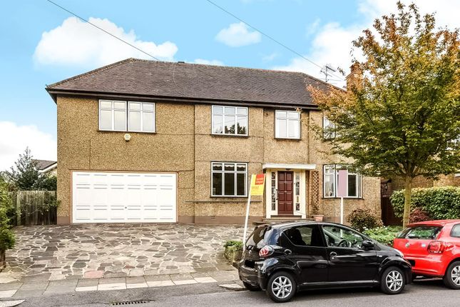 Thumbnail 5 bed detached house for sale in Ridgeview Road, Whetstone, London