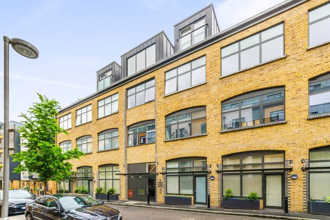Thumbnail Flat to rent in Charles Street, Crouch End, London