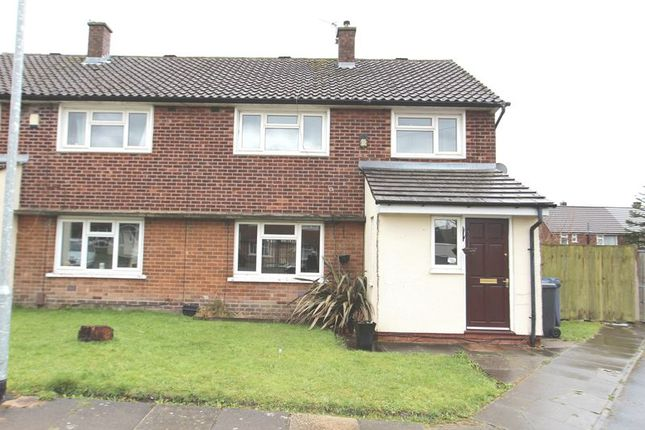 3 bed semi-detached house to rent in Radelan Grove, Radcliffe, Manchester