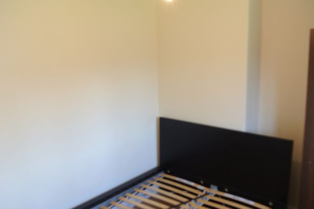 Thumbnail Bungalow to rent in Crown Street, Harrow