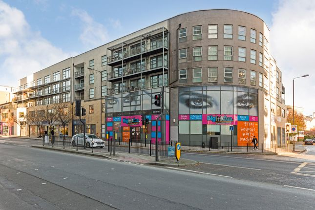 Thumbnail Flat for sale in Windmill Lane, Stratford