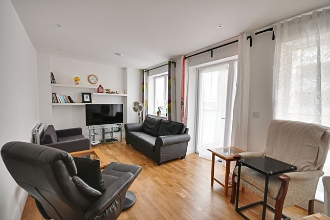 Thumbnail Flat for sale in Hounslow High Street, Hounslow