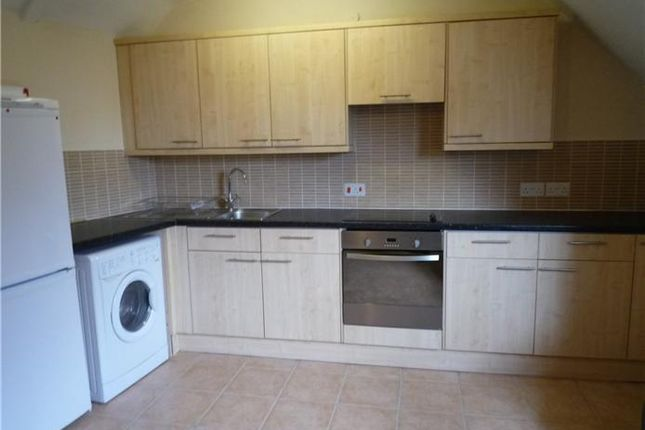 Thumbnail Shared accommodation to rent in Flat 1, 43 Mill Road, Cambridge