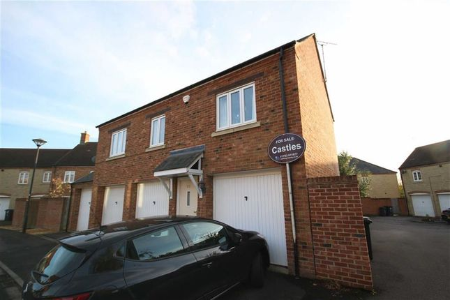 Thumbnail Flat for sale in Maybold Crescent, Swindon