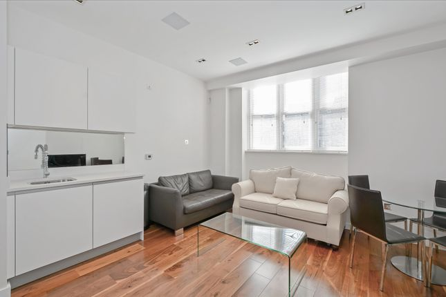Thumbnail Flat to rent in Bream's Building, London