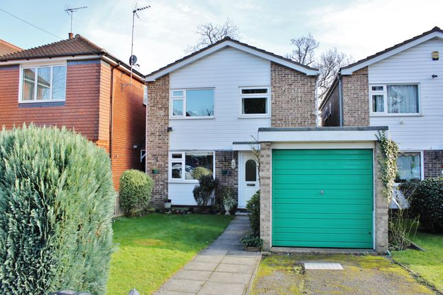Thumbnail Link-detached house for sale in The Boltons, Barclay Oval, Woodford Green