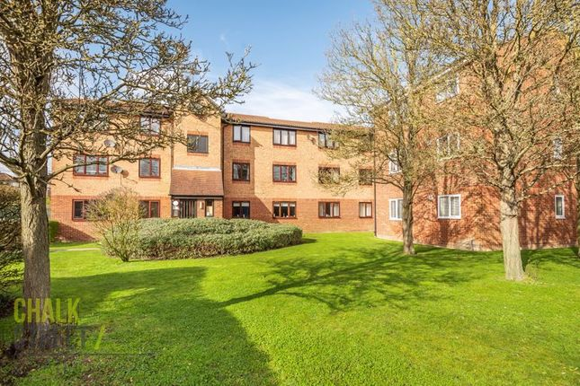 Thumbnail Flat for sale in Latimer Drive, Hornchurch