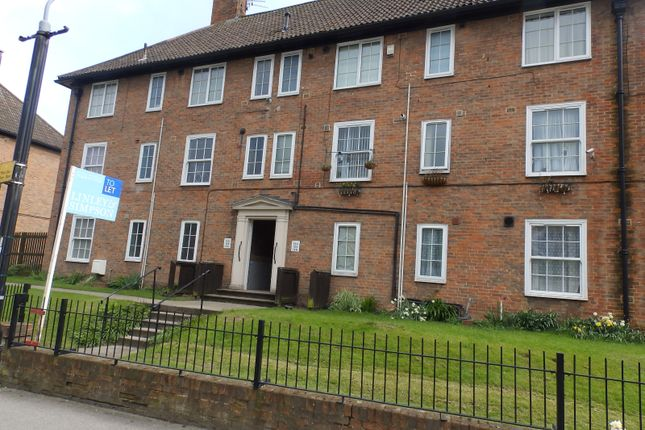 Thumbnail Flat to rent in Navigation Road, York