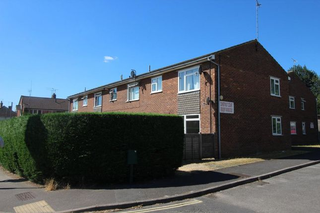Thumbnail Maisonette for sale in North Lane, Aldershot