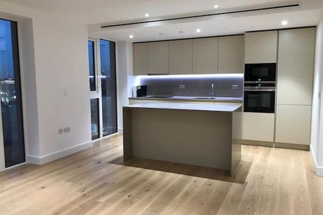 Thumbnail Flat to rent in Admiralty House, London Dock, Vaughan Way, London