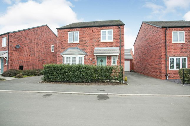 4 bed detached house for sale in Tarn Rise, Nuneaton, Warwickshire CV11