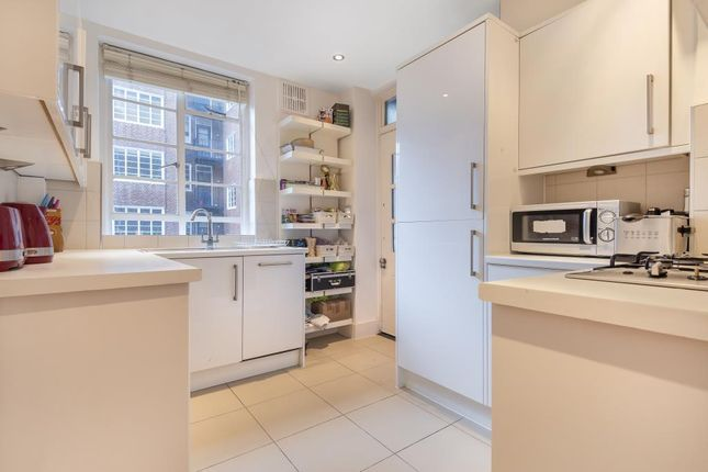 Thumbnail Flat for sale in St Petersburgh Place, London