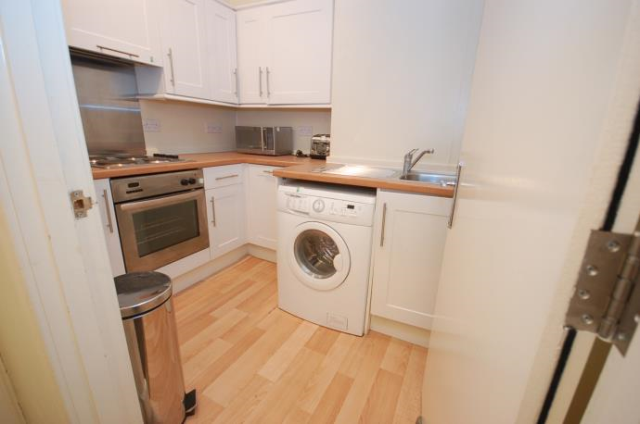 Thumbnail Flat to rent in Buccleuch Terrace, Edinburgh EH8,