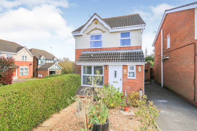 3 bed detached house for sale in Reynolds Close, Wellingborough NN8