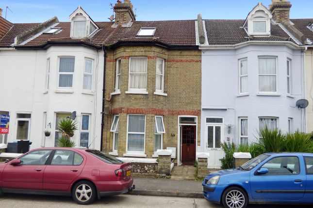Thumbnail Flat to rent in Bayford Road, Littlehampton