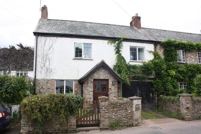 4 bed link-detached house for sale in Feniton, Honiton