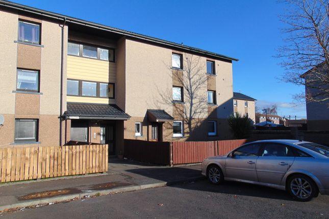 Thumbnail Flat to rent in Moy Court, Grangemouth